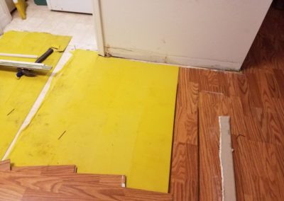 9 removal on laminate flooring damaged by water